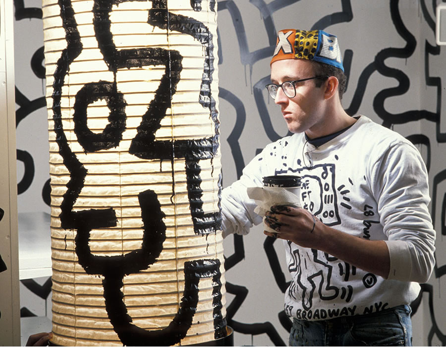 Keith Haring photographed by Tseng Kwong Chi