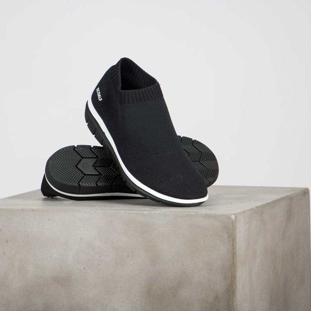 Ecoalf Shao sneakers, image courtesy of Adisgladis