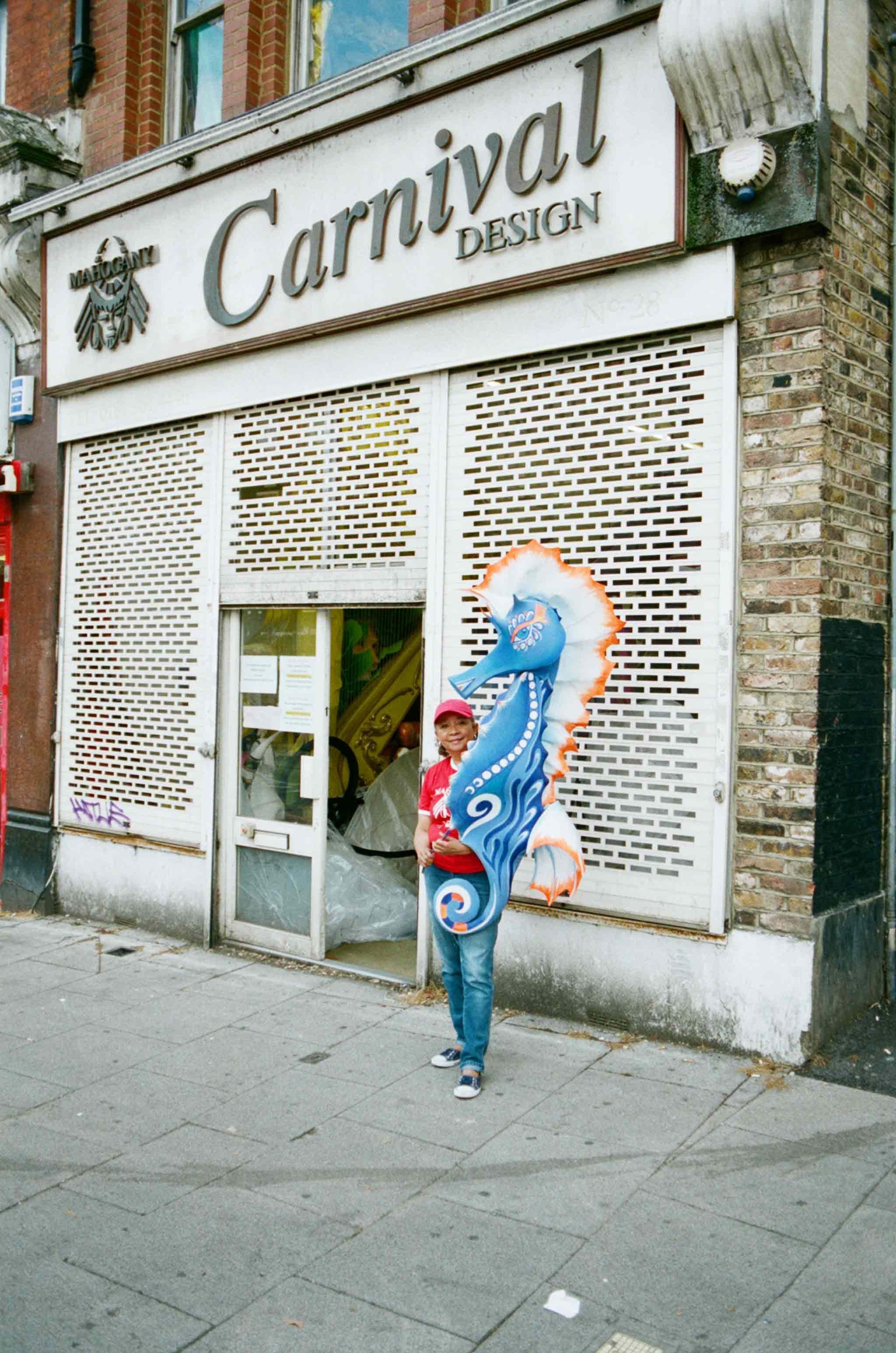 everpress-blog-constructing-carnival-aesthetic-clary-salandy