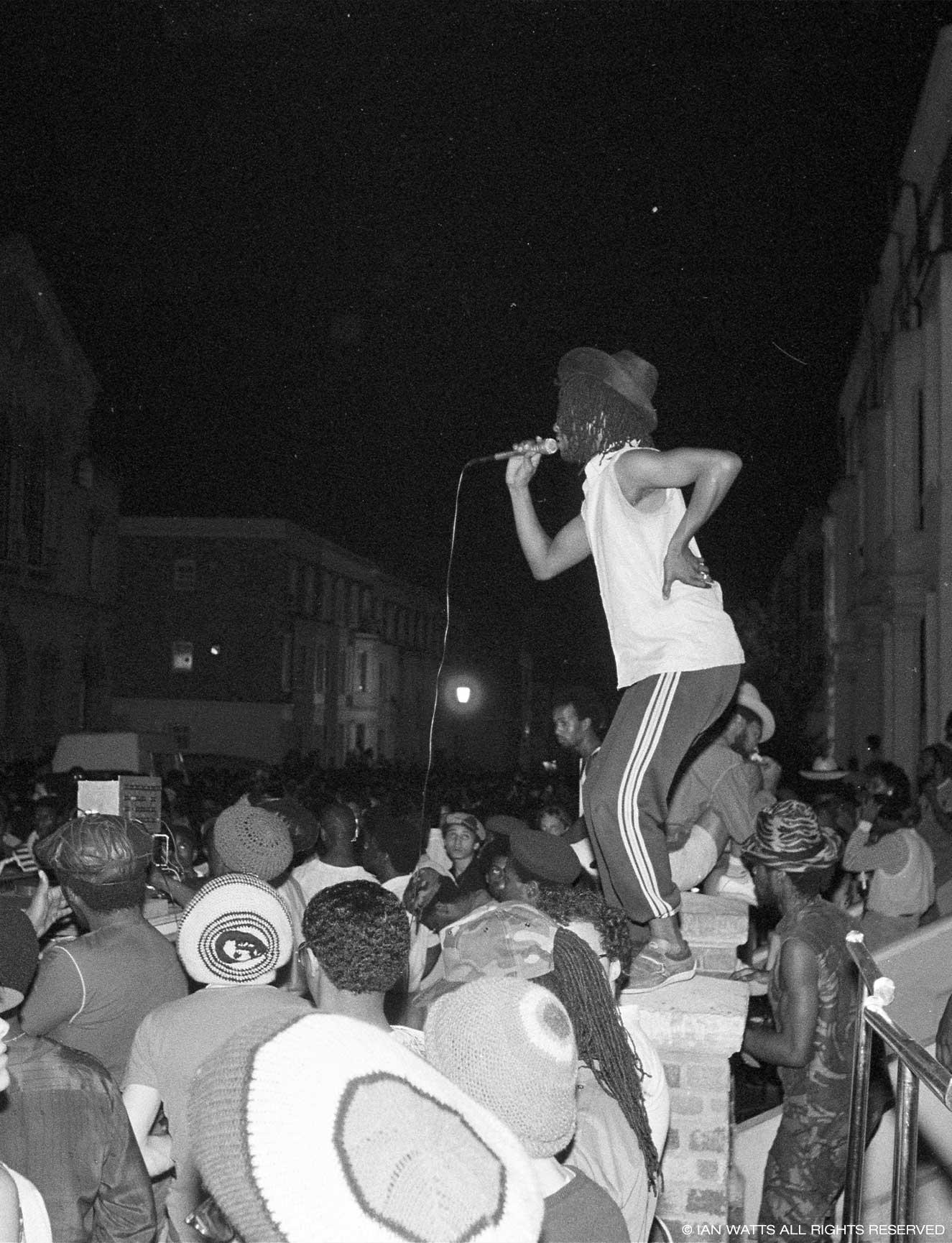 everpress-blog-documenting-notting-hill-carnival-ian-watts-lead-image