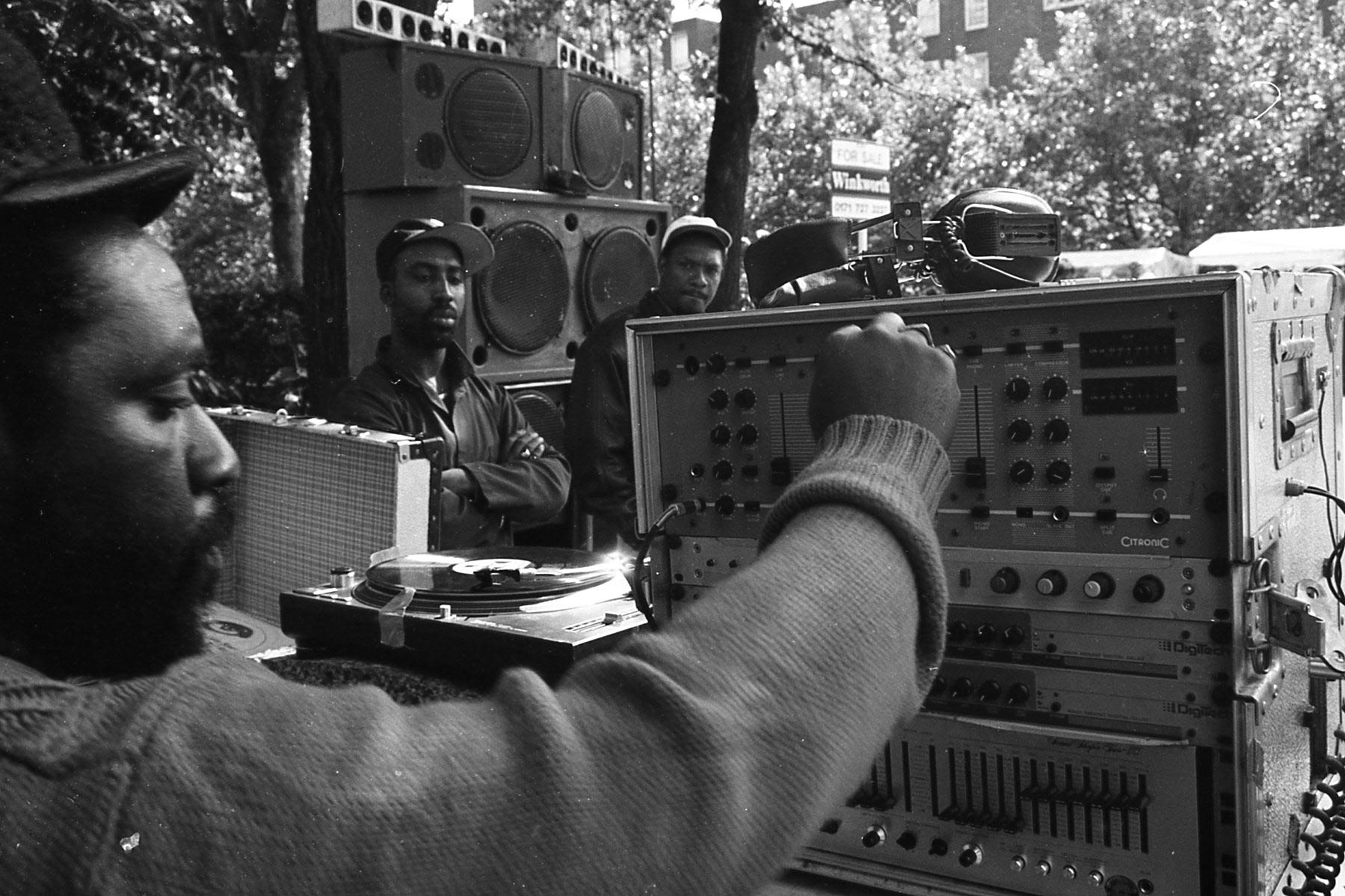 everpress-blog-channel-one-soundsystem-mikey-dread-carnival